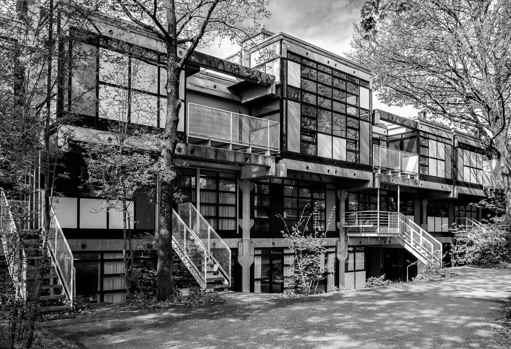 modulhaus in der genter strasse brutalismus in m nchen brutalismus. Black Bedroom Furniture Sets. Home Design Ideas